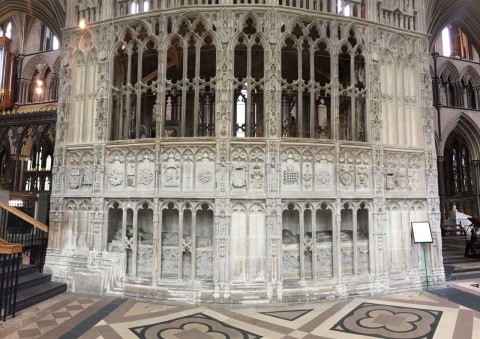 Arthurs-Chantry-Worcester-Cathedral